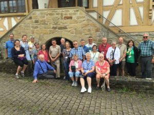 Group in front of the cellar in Steinsfurt
