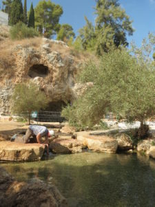 At Harod Spring in Jezreel Valley, where Gideon sorted his troops by having them drink or lap water, Pastor Ray Martin of Ontario decides which he will do.