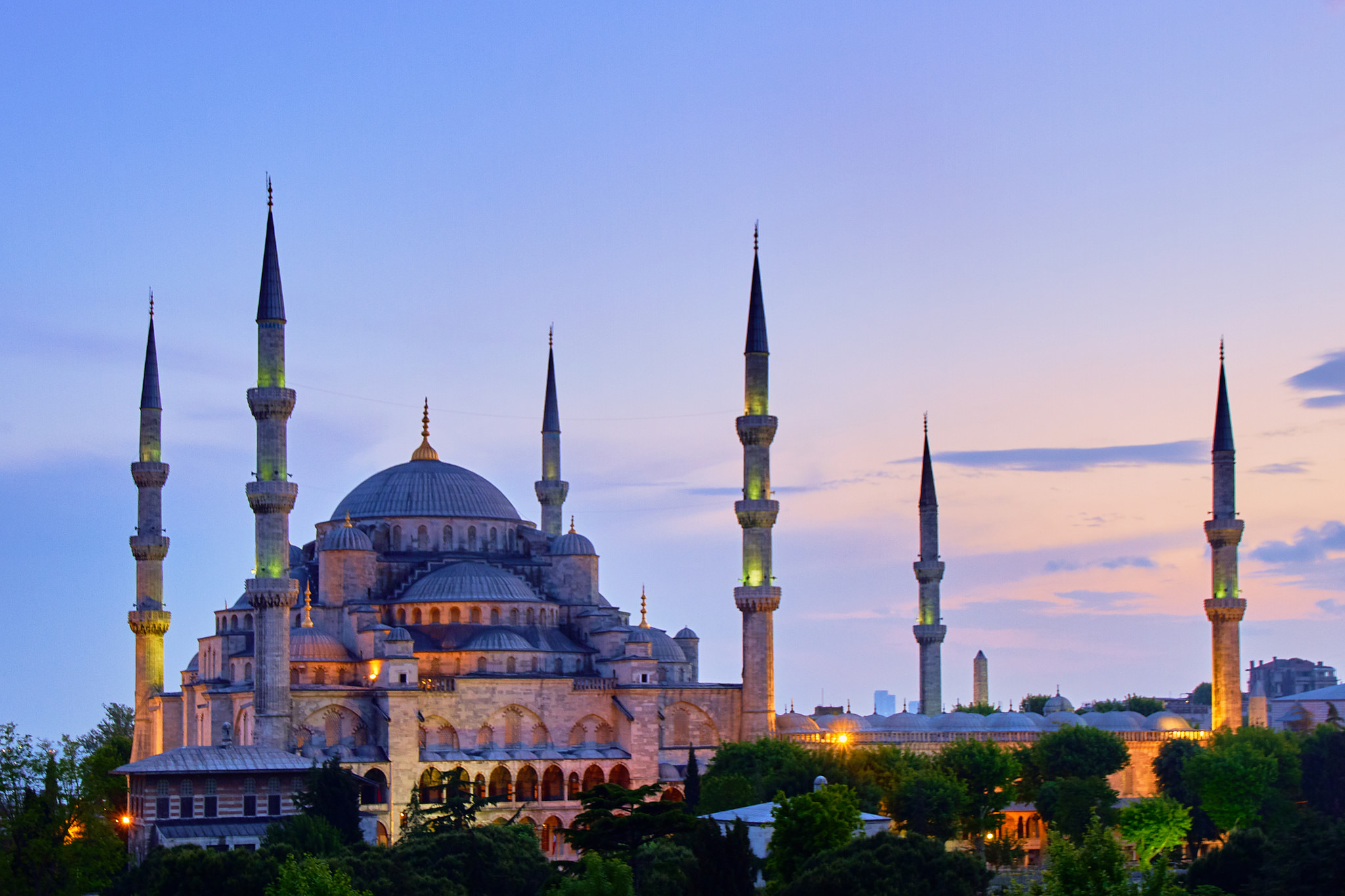 Blue Mosque, Istanbul. Photo credit: Pedro Szekley